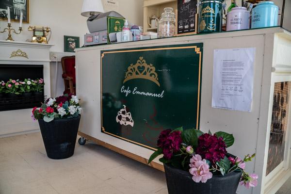 Emmanuel-cafe-web-22